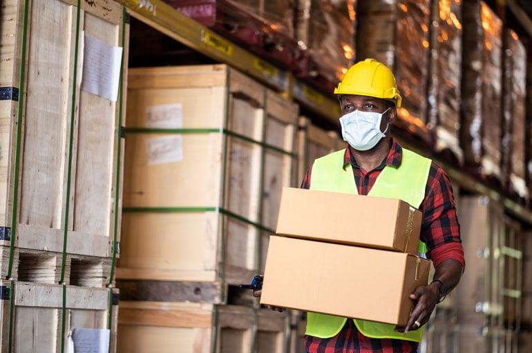 warehouse-worker-wearing-mask