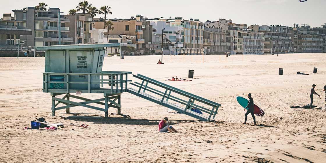 beach-summer-lifeguard